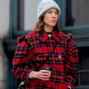 Alexa Chung – Out in New York - 454 x 746