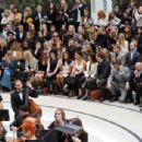 Benedict Cumberbatch-September 21, 2015-Burberry Womenswear Spring/Summer 2016 - Front Row & Runway - 454 x 306