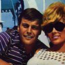 Robert Wagner and Jill St. John - 454 x 255