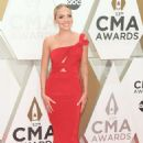 Danielle Bradbery – 53rd annual CMA Awards at the Music City Center in Nashville - 454 x 681