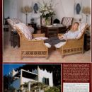 Hello Magazine - 28 November 2000 - 454 x 610