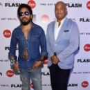Lenny Kravitz-December 1, 2015-Opening of Lenny Kravitz FLASH Photography Exhibition - 399 x 600