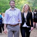 Chelsea Clinton and Marc Mezvinsky - 448 x 715