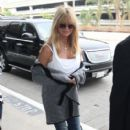 Goldie Hawn: at LAX airport in Los Angeles