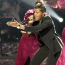 Fantasia Barrino Wins American Idol - 337 x 400