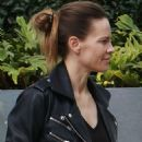 Hilary Swank – Goes to a business meeeting in Beverly Hills - 454 x 590