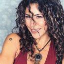 Vica Andrade - 324 x 400