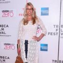 Beth Ostrosky - ''Last Play At Shea'' Premiere During 2010 Tribeca Film Festival, 25 April 2010 - 454 x 695