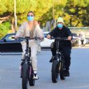 Hailey and Justin Bieber – Riding Electric Bikes in Los Angeles - 454 x 492