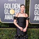 Caitriona Balfe – 2018 Golden Globe Awards in Beverly Hills - 454 x 705