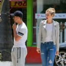 Gigi Hadid Out For Lunch In West Hollywood