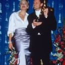 Sharon Stone and winner Mike Van Dien - The 70th Annual Academy Awards (1998) - Press Room