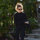 Kate Beclkinsale in Black Outfit – Out in Los Angeles - 454 x 669