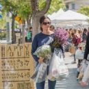 Courteney Cox at a farmers market in Los Angeles