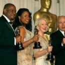 The 79th Annual Academy Awards - Forest Whitaker, Jennifer Hudson, Helen Mirren and Alan Alda (2007). - 454 x 306