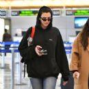 Dua Lipa – Arrives at LAX International Airport in LA - 454 x 633