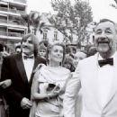 Philippe Noiret, Catherine Deneuve, Gerard Depardieu, Sophie Marceau - 454 x 330