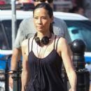 Lucy Liu heads to the set of 'Elementary' in West Village - 454 x 681