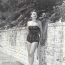 Anne Baxter - 454 x 556