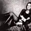 Dana Gillespie - 454 x 335