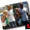 Keenen Ivory Wayans and Brittany Daniel
