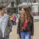 Joseph Gordon-Levitt and Shailene Woodley in Snowden (2016)