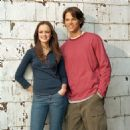Jared Padalecki and Alexis Bledel in Gilmore Girls