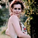 Sally Kellerman - 454 x 773