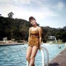Stefanie Powers - 454 x 585