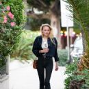 Sophie Turner – Leave a Recording Studio in Beverly Hills, CA 11/29/ 2016