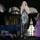 """America's Next Top Model"" (2003) - 454 x 307"