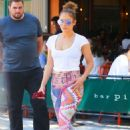 Jennifer Lopez in Leggings Out in New York City - 454 x 647