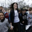 Mandy Moore - Poses For A Photo With Students During A Rally At The Upper Senate Park For The 2010 World Water Day Coalition On Capitol Hill On March 23, 2010 In Washington, DC