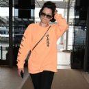 Jessie J at Narita International Airport in Tokyo - 454 x 765