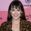Elizabeth Henstridge – Refinery29's 29rooms Los Angeles 2018: Expand Your Reality photocall - 454 x 605