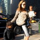 Angelina Jolie Takes Pax To School In New York, 2007-09-19