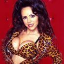 Lorissa McComas - 444 x 640