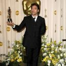 Javier Bardem At The 80th Annual Academy Awards (2008) - 454 x 591