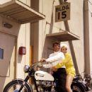 Dean Martin, Stella Stevens