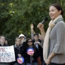 Ashley Judd - Speaks During A Women For Obama Event In Chapel Hill, 30.10.2008.