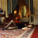 Karen Mulder by Helmut Newton - 454 x 460