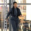 Rihanna on the set of 'Oceans Eight' spotted filming scenes at Times Square building in Midtown Manhattan, New York City December 10, 2016 - 430 x 600