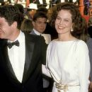 Sigourney Weaver attends The 61st Annual Academy Awards (1989)