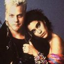 Jami Gertz and Kiefer Sutherland