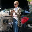 Nicole Richie shopping at Gelson's Market in Sherman Oaks - 454 x 681