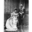 Queen Mary and King George V - 454 x 454