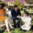 Patty Duke, Barbara Parkins - 454 x 337