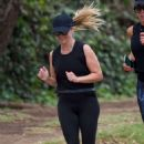 Reese Witherspoon – Jogging In Los Angeles