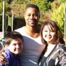 Sean Partick Flaherty, Cuba Gooding Jr. & Sharry Flaherty on the set of Daddy Day Camp. - 262 x 240