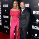 Rosie Huntington-Whiteley - 'Mechanic: Resurrection' Premiere in Los Angeles - 454 x 638